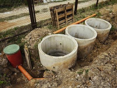 Септик для дома и дач из бетонных колец
